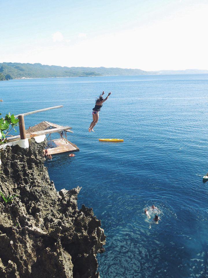 15 Metre cliff jumps - Ariel's point.
